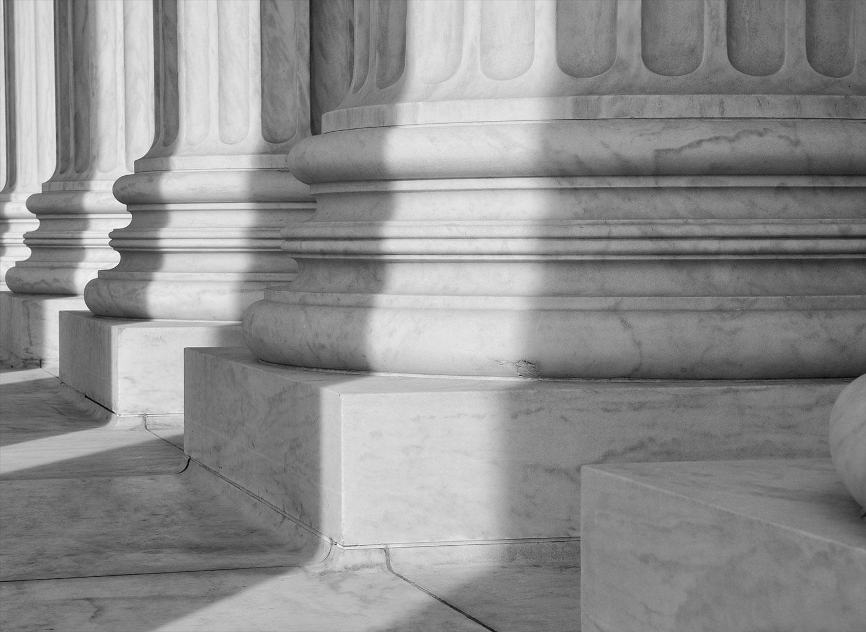 L'omission du nom du copropriétaire opposant au procès-verbal de l'assemblée générale